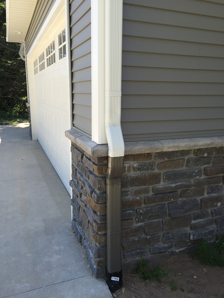 5 Quot And 6 Quot Seamless Gutters Michigan Gutters Inc